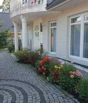 Luxus -Villa HH-Südost Bj. 2004 14 Zimmer 7 Bäder 360 m² Wohnfläche 800 Grund