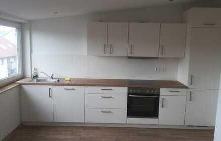 Neubau ansprechende 2,5-Zimmer-DG-Wohnung mit Einbauküche in Deizisau