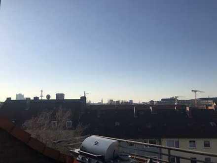 Maisonettewohnung mit Dachterrasse und Blick über die Dächer der Stadt!