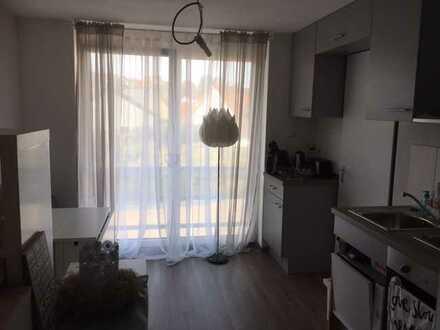 Stilvolle, neuwertige, möblierte 1-Zimmer-Wohnung mit Einbauküche in Grafenberg