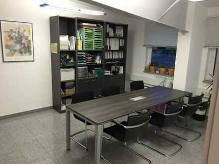 Helle und moderne Bürofläche