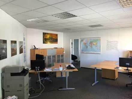 Attraktives Büro über 2 Etagen im Herzen von Stuhr-Brinkum.
