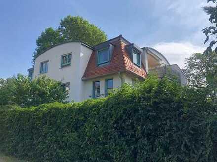 Galeriewohnung mit 4-Zimmern, Südbalkon und Ausblick in bester Wohnlage oberhalb von Radebeul-West