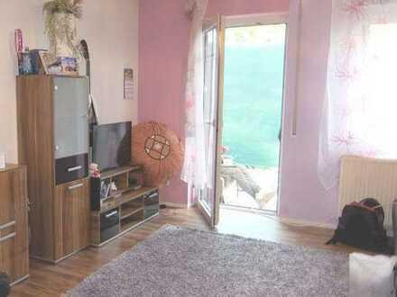 11_EI6428 Gut vermietetes, ruhiges Appartement mit Terrasse für Kapitalanleger / Nittendorf