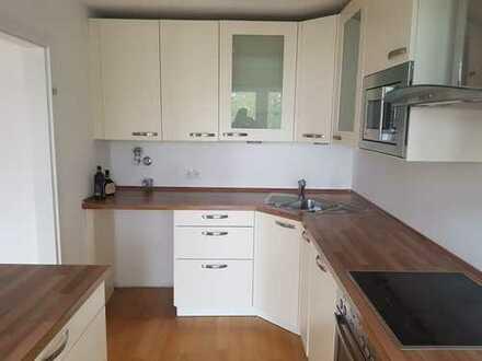 Modernisierte 3-Zimmer-Wohnung mit Balkon und Einbauküche in Mannheim Waldhof Ost