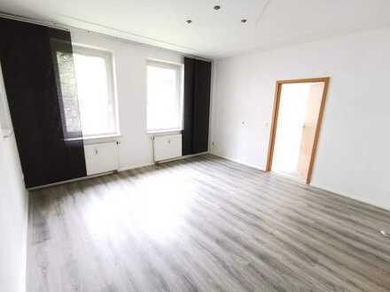 +++ schicke 4-Raum-Wohnung mit Einbauküche in Harthau +++