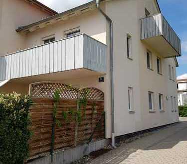 neuwertige 2-Zimmer-Wohnung mit Balkon und Einbauküche in Ingolstadt