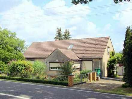 + Einfamilienhaus in Alleinlage mit großem Grundstück +