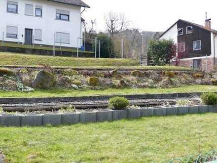4-Zimmer-Eigentumswohnung mit Gartenanteil zum günstigen Mietpreis!