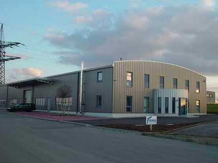 Hochwertige Industriehalle + Bürofläche
