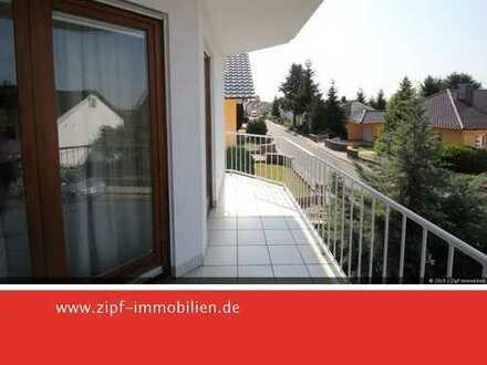 **Großzügige 3-Zimmer-Wohnung mit Balkon, Terrasse und Wintergarten**