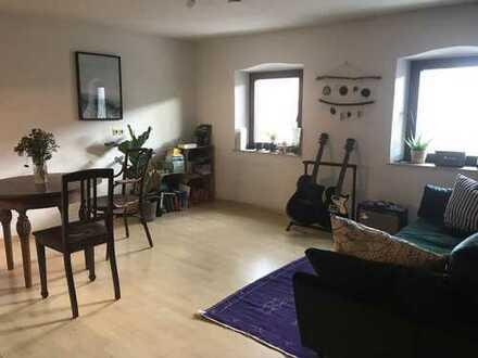 Gepflegte 2-Zimmer-Wohnung mit Einbauküche in Gaimersheim