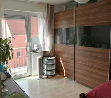 2 Zimmer, Küche, Bad Pilgerhausstraße 6 3.OG links