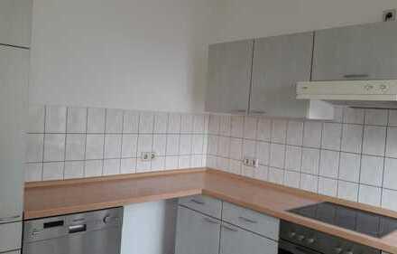 gemütliche Erdgeschosswohnung mit Einbauküche