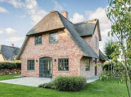 Reetdach - Haushälften in Nähe zum Kampener Wattenmeer