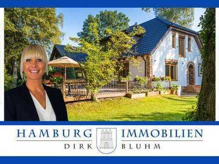 Großzügiges Zweifamilienhaus mit ca. 1.083 m² Grundstück in 22041 Hamburg Marienthal