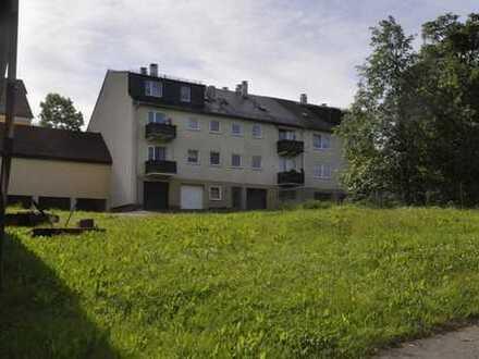 Großes Grundstück mit zwei Mehrfamilienhäusern und weiterem Entwicklungspotenzial