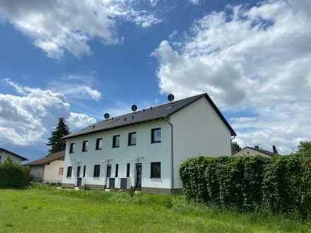 ERSTBEZUG: Helles KfW55-Reiheneckhaus / Reihenmittelhaus in ruhiger Lage in Mamming sucht Euch