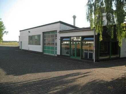 Produktionshalle mit Büro in Glauberg