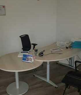 Zentral gelegene Büroeinheit als Fahrschule geeignet