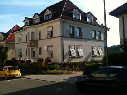++ Stilvolles Wohnen in modernisiertem Jugendstilhaus ++