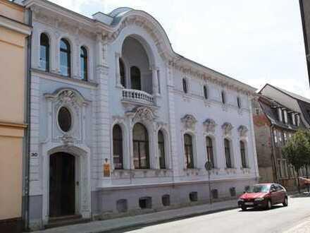 Schöne 1Zimmer-Wohnung in edler Villa