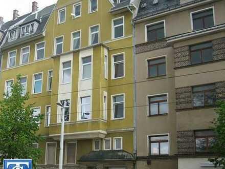 Schöne große 2-Zimmer-Wohnung sucht neuen Hausherrn in zentraler Lage von Plauen