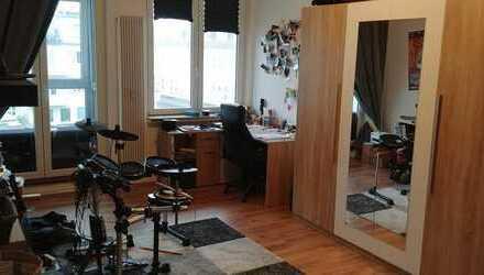 Wunderschöne 170 qm² große Wohnung mit bester Lage in Bremen