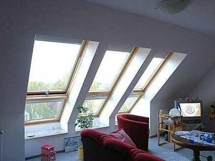 Provisionsfrei! Traumhaft helles Dachatelier in gepflegter ruhiger Neubauanlage!