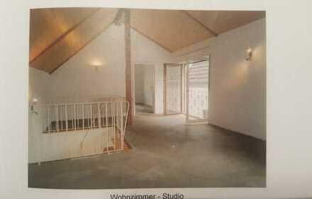 Häuschen für Individualisten mit drei Zimmern im Rheingau