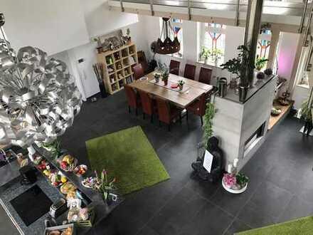 """""""Lebe lieber ungewöhnlich"""" --Extravagantes Zweifamilienhaus, auch als Generationshaus nutzbar--"""