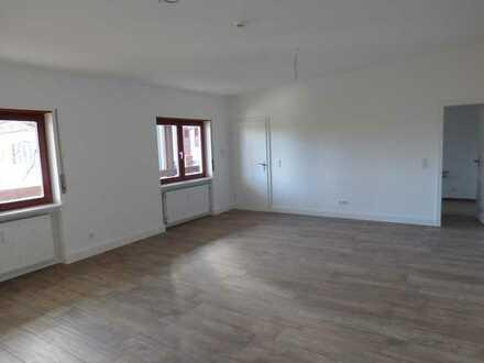 Geräumige und helle 2 Zimmer Wohnung
