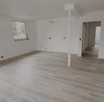 Komplett sanierte 3-Zimmer-Wohnung mit Süd-Balkon