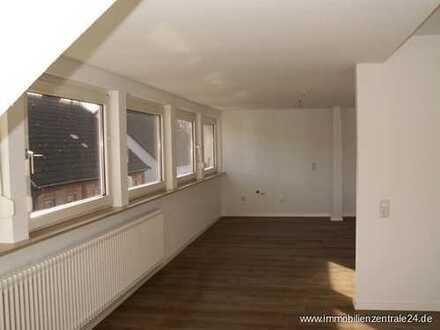*****HÖRSTEIN*****neu renovierte Dachgeschosswohnung
