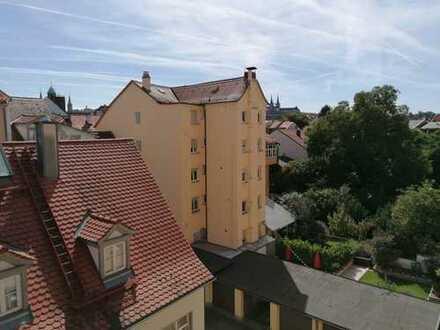 3-Zimmer-Wohnung in bester ruhiger Innenstadtlage mit Balkon und traumhafter Aussicht
