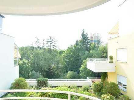 Helle 3 Zimmer Wohnung mit zwei Balkonen an den Pegnitzauen