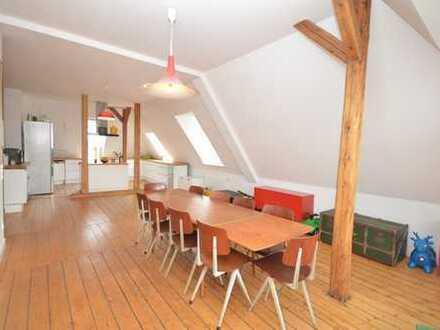 Exklusive Dachgeschosswohnung in Innenstadt, 4 Zimmer, ca. 159 qm
