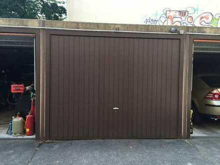 SAFETY FIRST: Verschließbare Einzelgarage auf Pachtgrund- Garagenhof in Kreuzberg/Treptow