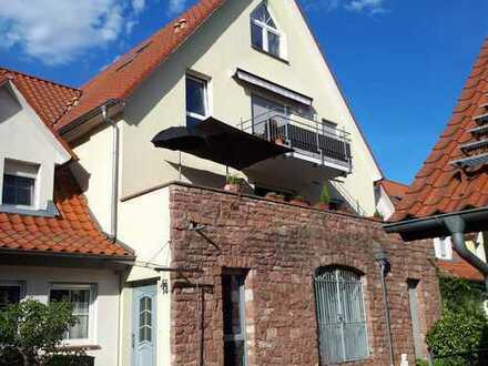 Einzigartig in Mannheim / Wohnen in einem ehemaligen Gutshof