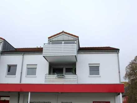 +++Singelwohnung im Dachgeschoss mit Balkon+++