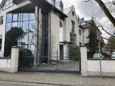 Repräsentative, hochwertige Büro / Gewerbefläche in Rodgau-Jügesheim zu vermieten !