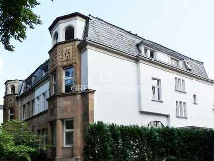 Stilvolles Arbeiten in Marienburger Villa