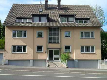 Modernisierte 3,5-Zimmer-Dachgeschosswohnung mit Balkon und EBK in Dortmund
