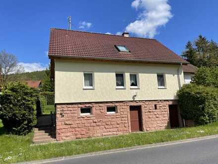 *HTR Immobilien GmbH* Schmuckstück mit Vollwärmeschutz u. Thermodach, 7 Zimmer