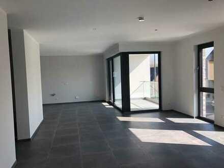 Erstbezug mit Balkon: Exclusive 3-Zi-Whg.Küche,Diele,2 Bäder in Kerpen-Blatzheim