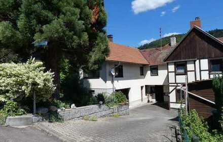 Schön gelegenes 1-2 Familienhaus (Mehrgenerationenhaus) in Gernsbach-Obertsrot