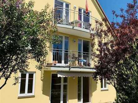 M-Fasangarten - exclusive 3,5-Zimmer-Galeriewohnung mit Südbalkon in 3-FamHaus