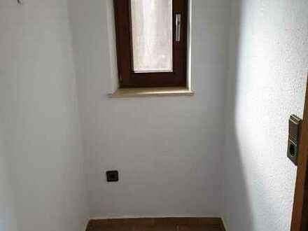 Ansprechende 5-Raum-Wohnung mit EBK und Balkon in Mommenheim