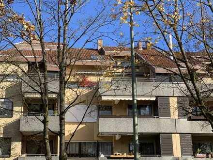KNIPFER IMMOBILIEN - Traumhaft schöne Maisonette-Wohnung mit großer Dachterrasse im Schmutterpark!