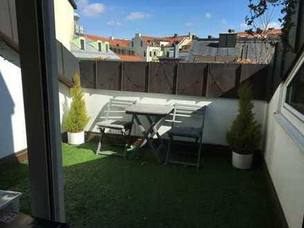 Schöne, helle, ruhige zwei bis drei Zimmer Wohnung in München, Goetheplatz, Ludwigsvorstadt-Isarvor.